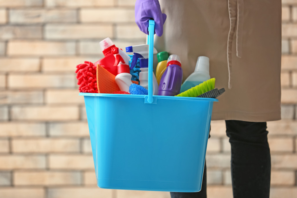 cleaning agents and tools